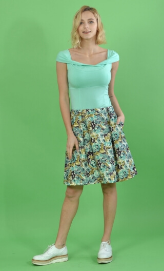 Jupe Little Gem Lovely Pinktwo beautiful hollow pleats on the front, sober back, charming and easy skirt