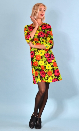 Robe Reviens-moi toujours Spanish Caravan Jaune, printed stretch velvet dress, over-the-knee length, elbow sleeve.
