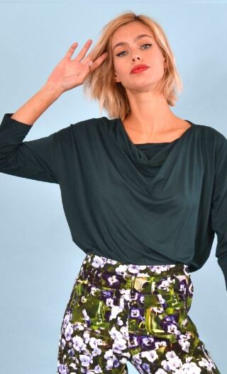 Top Brahms plain jersey Pétrole, Plain jersey top, fluid, cowl neck, loose armhole, 3/4 sleeves.