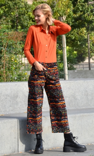 Pantalon Le Frère de Gus Black Pearl, Stretch velvet trousers, printed, wide and a little short, flat profile, side zip, patch p