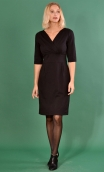 Robe le Fume Cigarette Milano noir, Plain knit dress, straight and elbow sleeve, scalloped neckline, fitted waist.