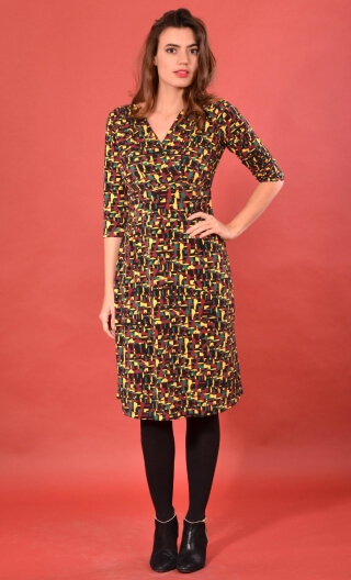 Robe Satin Doll Fox Trot, Printed knitted dress, straight, knee length, V neckline, 3/4 sleeve.