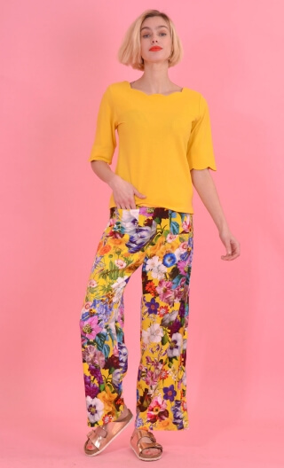 Pantalon Gustave Kitch Jaune, trousers wide and a little short, high waist, flat profile, side zip, patch pockets back and front