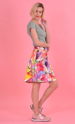 Jupe Swan Aquarelle Flashy,A-line printed skirt just above the knee, zipped at the back.