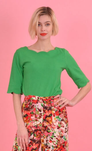 Top Allison Piqué Green apple, Plain knitted top, festooned neckline and sleeves, fitted