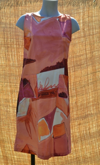 Robe Lady Cubes, Three-hole printed dress, knee, trapeze, patch pockets, short