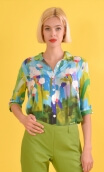Chemise Alala Pompadour, Printed shirt, three quarter sleeves with cuffs, flowing, mini rounded collar.