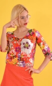 Top Julie Red Kitch, Printed top, V neckline, buttoned, ¾ sleeves.