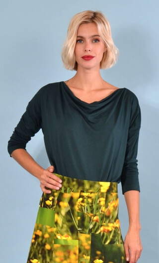 Top Brahms plain petrol jersey, fluid, cowl neck, loose armhole, 3/4 sleeves.
