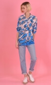 Chemise Résiste Building, Oversized print shirt, long sleeves with cuffs, pointed collar..