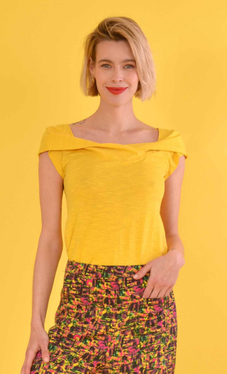 Top Chachacha Flamed Cotton Jaune d'or, Top glamorous, cap sleeves, slightly loose, off plunging neckline, embellished with