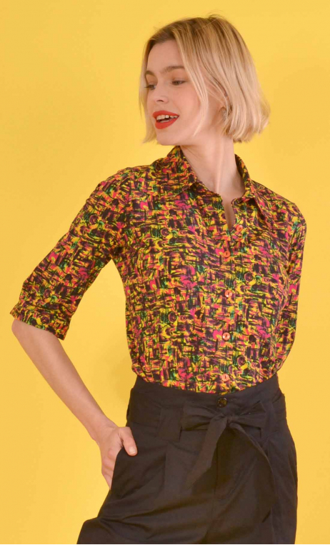 Shirt Sagan in print Formica, jersey, fitted, pointed collar, short sleeve with wrist.