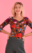 Top Pénélope printed Suite Royale caramel, jersey top, glamorous, fitted, draped neckline front, manches sleeves, sixties. Fashi
