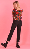 Top Le Sphinx in Suite Royale caramel, Printed jersey top, boat neckline, trapeze, long sleeves. Urban chic, French designer.