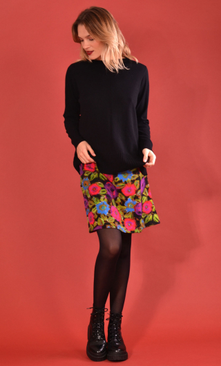 Skirt Mirabelle in Spanish Caravan rose print, trapeze, just above the knee, urban chic, french style, Paris.